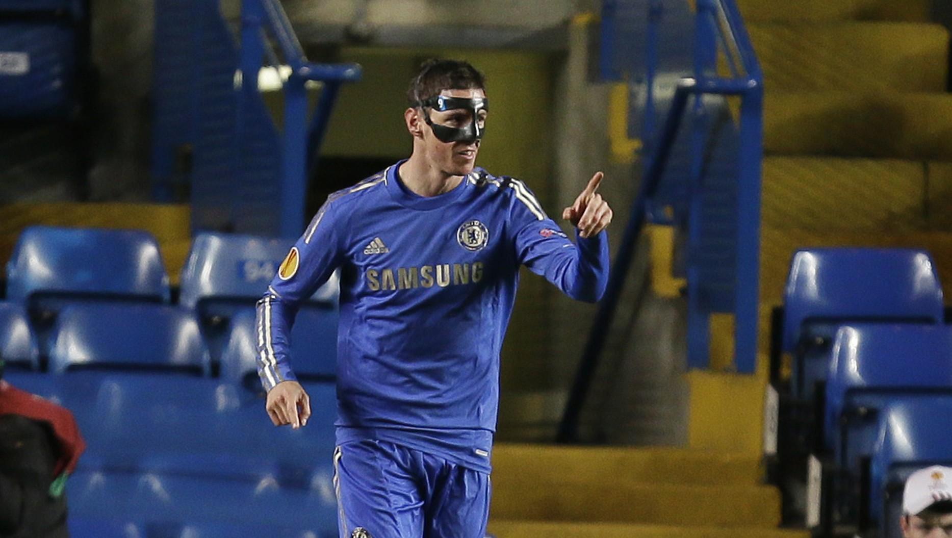 c1925c4754 Matador mascarado  Torres faz dois e vira artilheiro do Chelsea ...