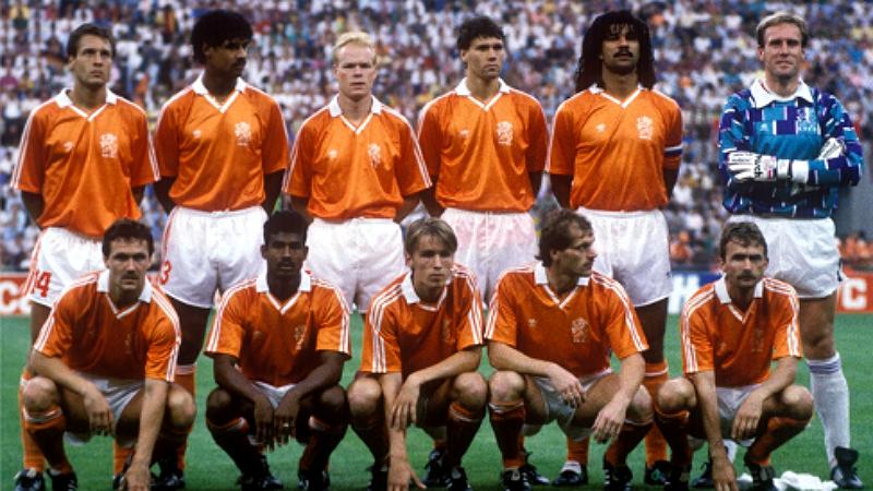 770f804074 Copa de 1990  há 25 anos