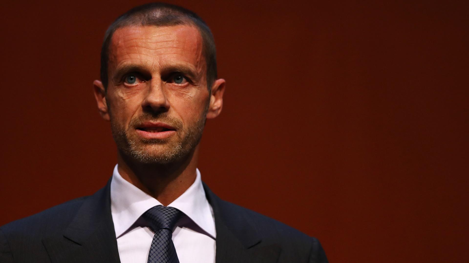 """Presidente da Uefa critica Copa com 48 seleções  """"Quase nenhum país poderá  sediar"""" fd2af7a9d9b9e"""