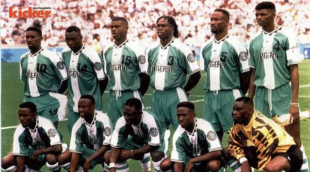 A imortal Nigéria campeã olímpica e de grandes campanhas nas Copas de 94 e  98 40c74b38ce24c