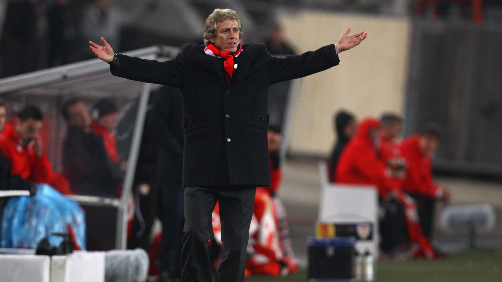 95d172493150d Jesus contra o Stuttgart, tem temporada complicada pelo Benfica (Foto:  Getty Images)